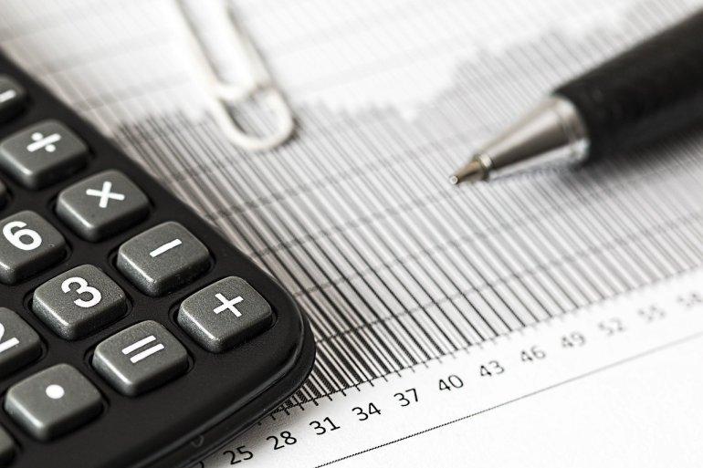 Calculadora e relatório de contabilidade