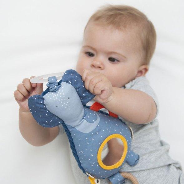 jugar con bebés en casa