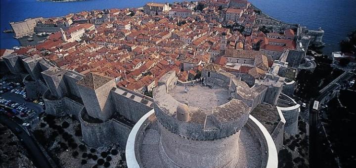 sursa foto - wikimapia.org