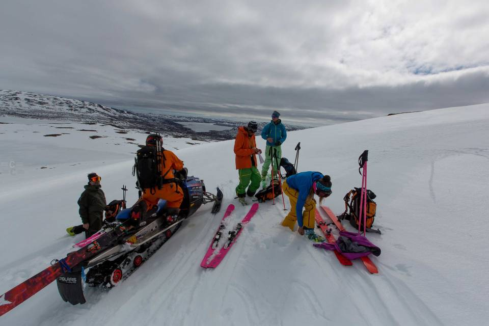 photo : : Cedric Bernardini skis : corvus freebird & camox freebird