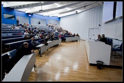 Velika dvorana za dogadjanja u utorak (2)