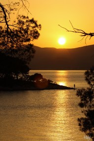 Zalazak sunca na obali Kaštelanskog zaljeva, Hrvatska