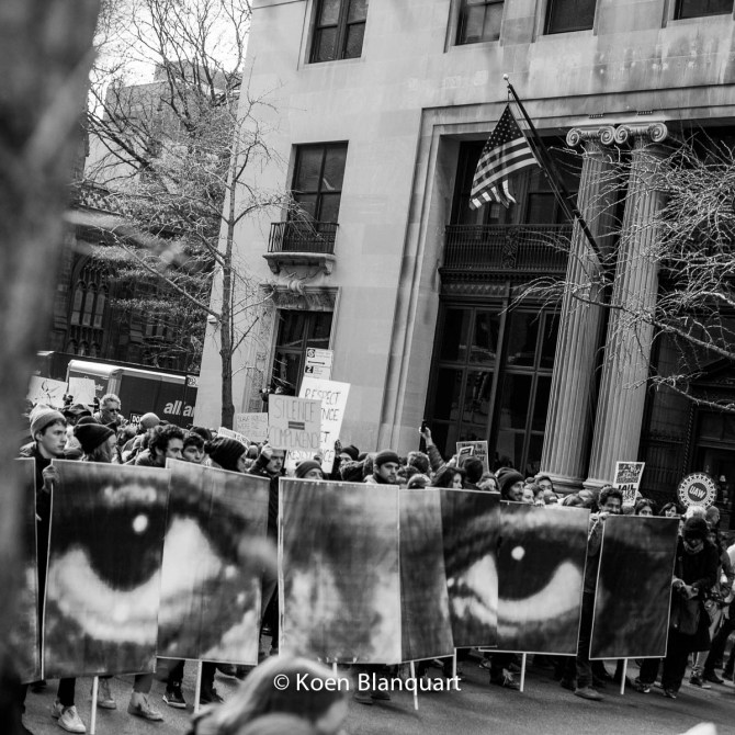 Thousands protesting in the streets of Manhattan against police killings during the Millions March (Image: Koen Blanquart)