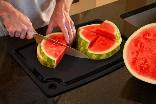 epicurean_gutes_rutschsicheres_schneidebrett_Gourmet Series_Melone2