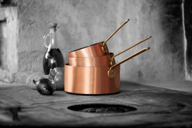 Imagebild_Stielkasserolle gestapelt Keramik-Kupfer-kupferkochgeschirr-bleywaren-onlineshop-kupferpfanne