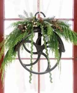 pulley wreath