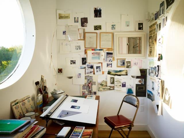 Painting studio inside church oculus