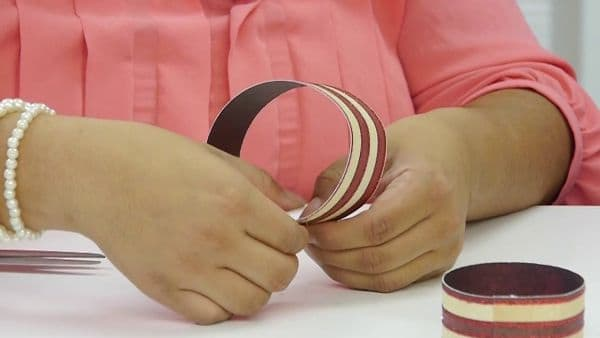 How To Make A Paper Bow {Video}