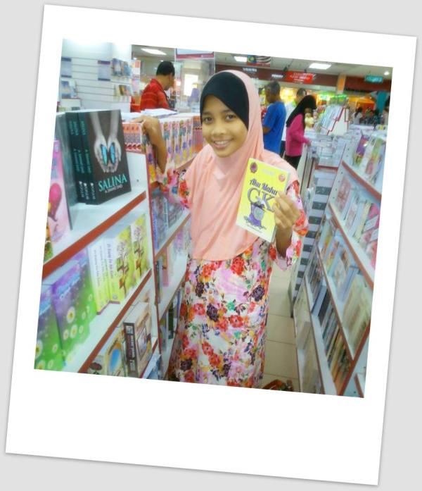 Ashya Abdul Aziz1 polaroid