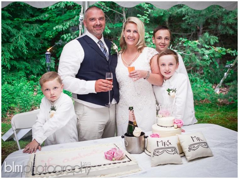 76_Mat_&_Lisa_Backyard_Wedding