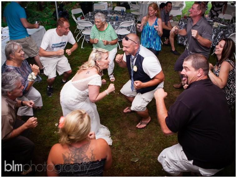 86_Mat_&_Lisa_Backyard_Wedding
