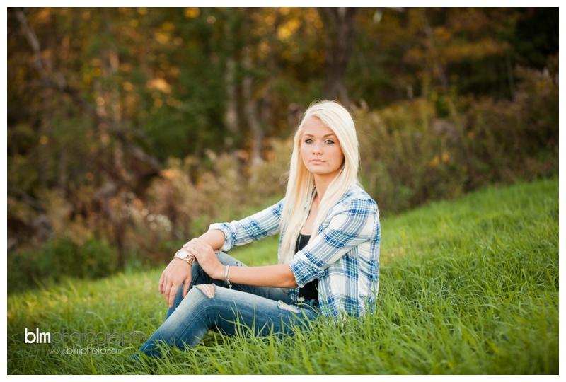 Corrina-Oakley_Senior-Photos_092315-4147.jpg