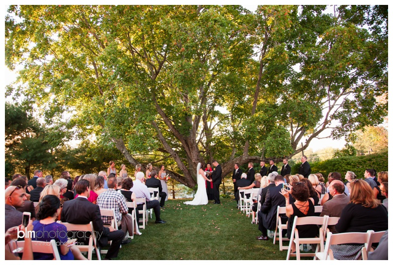 Tara-Ryan-Wedding-at-the-Red-Barn-at-Outlook-Farm_091815_1190.jpg