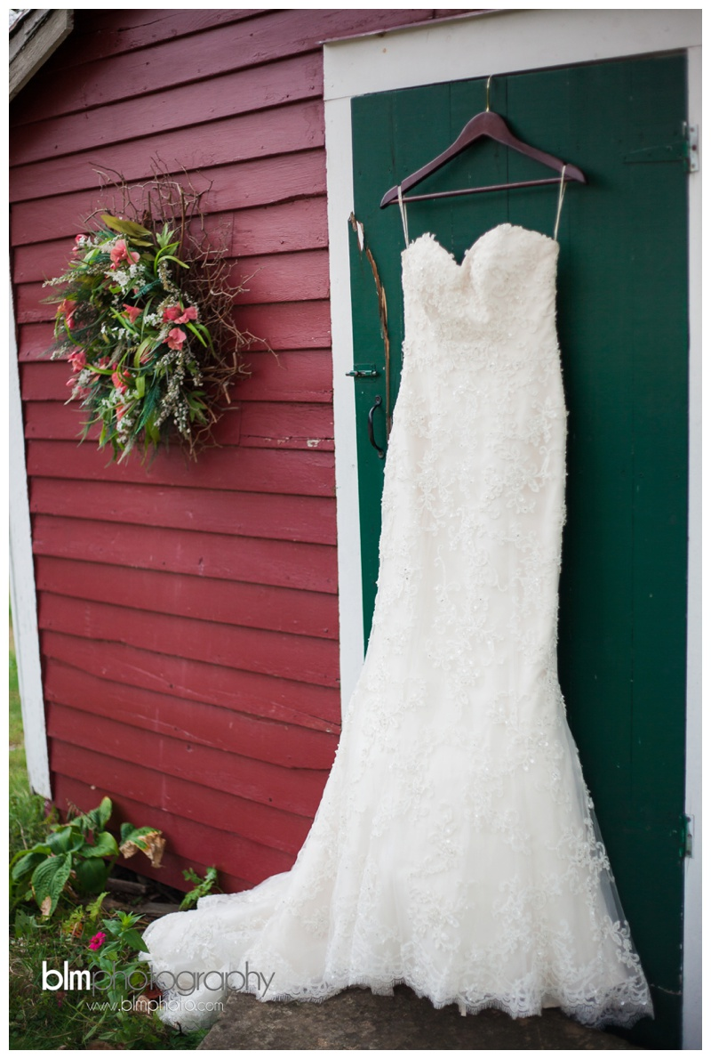 Courtney-Doug_Wedding-at-Curtis-Farm_Milford-NH_100315_0169.jpg