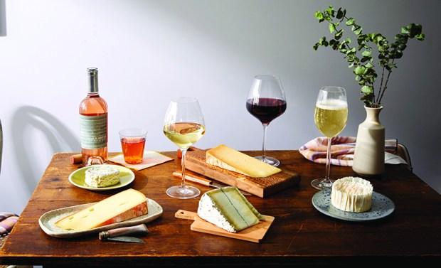 Spread_June-Wine-Booklet_WINE_00164_full_CMYK