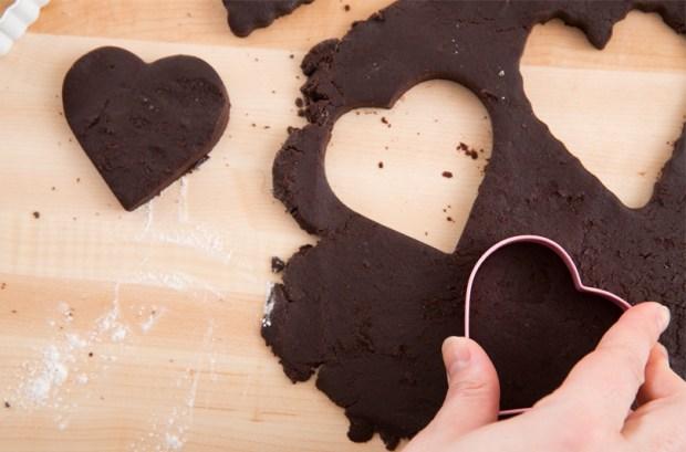 Homemade Heart-Shaped Oreos | Blue Apron