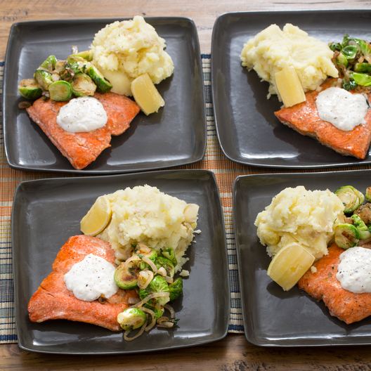 FP_111115_3_SalmonWithMashedApplePotatoes
