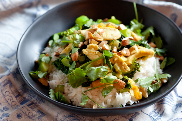 sweet and savory chicken and apricot curry