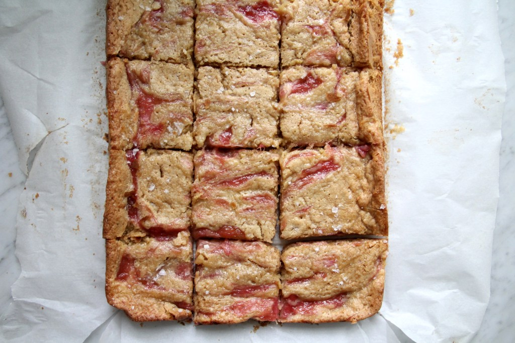 rhubarb recipe used in blondies