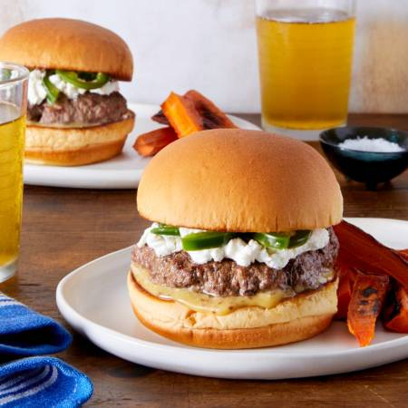 jalapeno-burger-with-carrot-fries