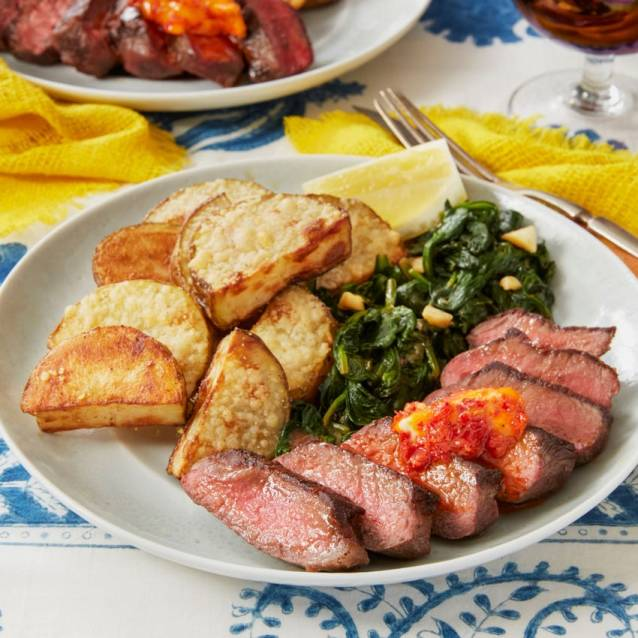 steak with spinach and potatoes