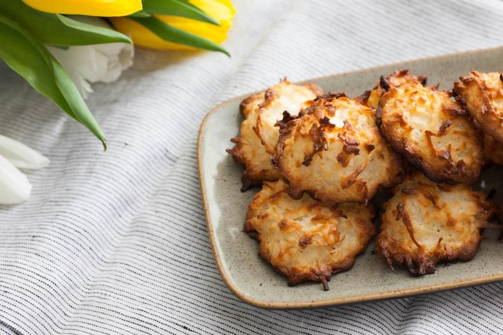 five ingredient coconut macaroons