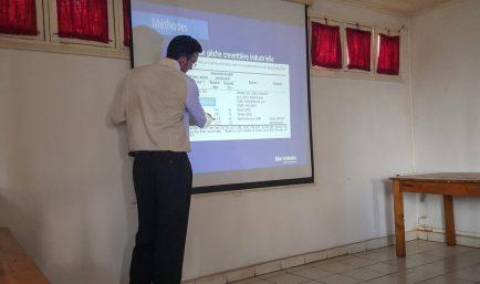 Initial meeting and presentation. Photo: Ny Aina Andrianarivelo