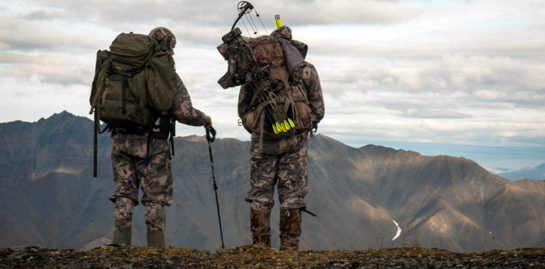 hunting-sheep-in-alaska