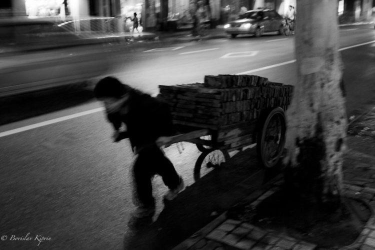 Portraits - Black & White Moments