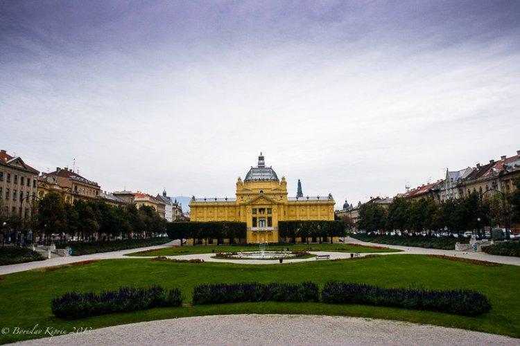 Umjetnički paviljon u Zagrebu