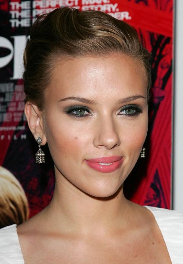 Scarlett Johansson Makeup Look