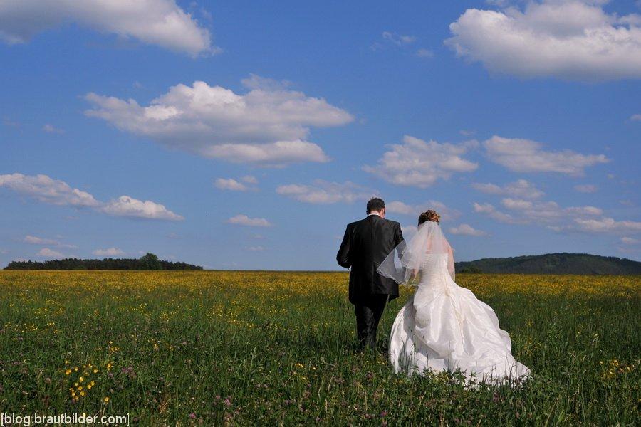 Romantische Traumhochzeit im Schloss Wiesenthau  Hochzeitsfotgoraf Wiesenthau