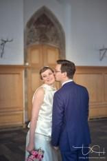 Hochzeits Fotograf Nuernberg, Hochzeitsfotos bei schlechtem Wetter, Hochzeitsbilder im Saal, Heiraten im Schuerstabhaus