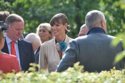 Die Hochzeitsgaeste fotografiert der Hochzeits Fotograf!