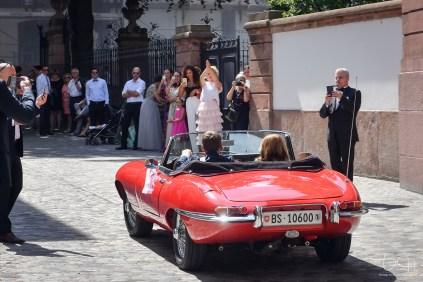 Das Brautauto fotografiert der Hochzeitsfotograf in der Schweiz