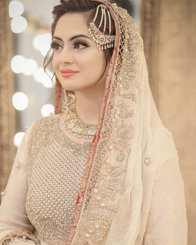 Wedding Hairstyle For Square Face: Bridal Hairstyle For Round Faces Pakistani