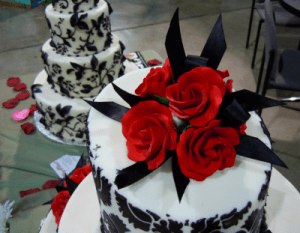 Other Baking Accessories New To Win A High Admiration Porcelain Bride And Groom With Red Flowers Wedding Topper