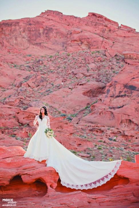 Bridal Spectacular_.Moxie Valley of Fire_Karenn6