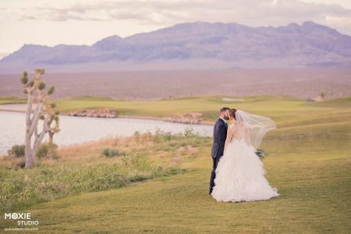 Bridal Spectacular_GregAliciaWed-1091-blog