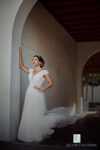 Bridal Spectacular_JacobGalleriesLVGeycee06blog