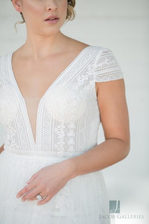 Bridal Spectacular_JacobGalleriesLVGeycee08blog