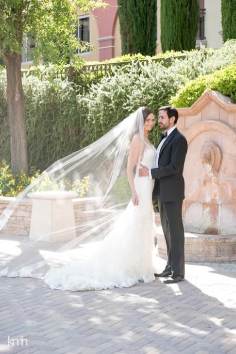 Bridal Spectacular_KMH-ChivarskyWedding-HiltonLakeLV-00150049