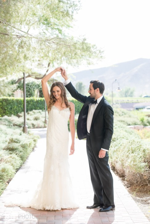 Bridal Spectacular_KMH-ChivarskyWedding-HiltonLakeLV-00190053