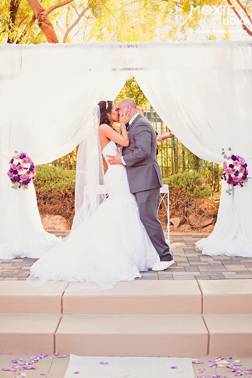 Bridal Spectacular_SandraNickWedding-MoxieStudio-Dragonridge-542-web