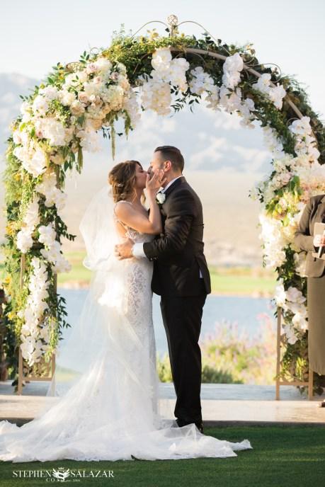 Bridal Spectacular_StephenSalazar-MarieCarlos-Paiute-Web-950