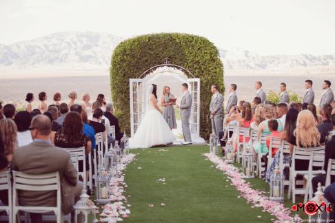 bridal-spectacular_wedding-venues-photographers_las-vegas-paiute_08