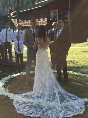 Bride & Groom in the Circle
