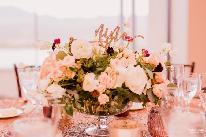 centerpiece flowers at Paiute wedding