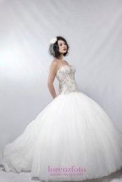 LorenzFoto_Spectacular-Bride_010_Blog