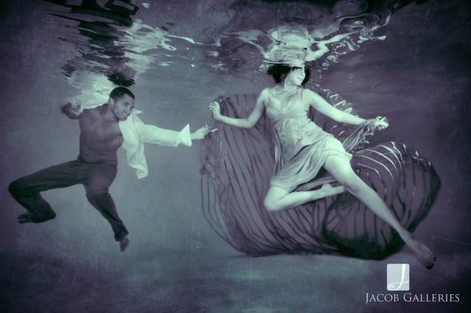 Spectacular Bride_JcbGalleriesStyleShootUnderwaterBLOG05